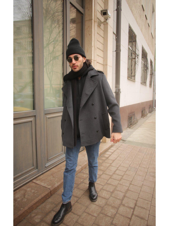 Демисезонное двубортное пальто мужского кроя на пуговицах_2