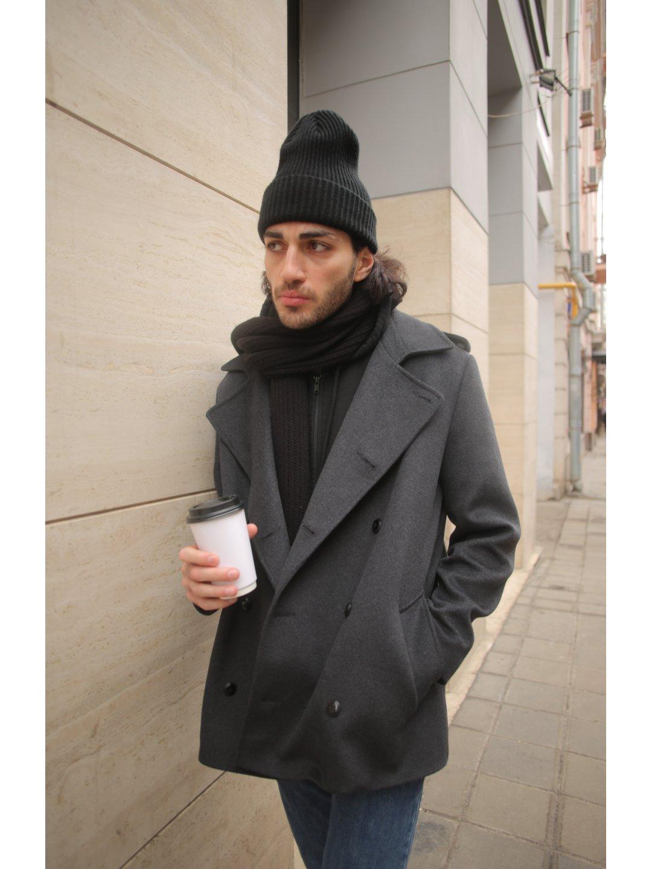 Демисезонное двубортное пальто мужского кроя на пуговицах_4