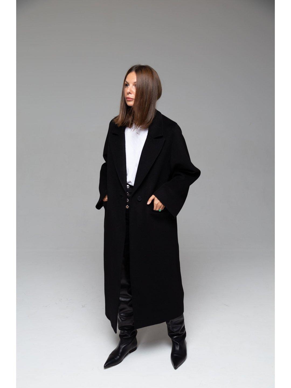 Пальто с широкими рукавами_3