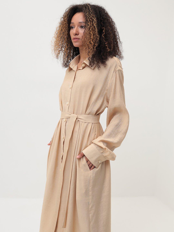 Платье-рубашка в бежевом цвете_0
