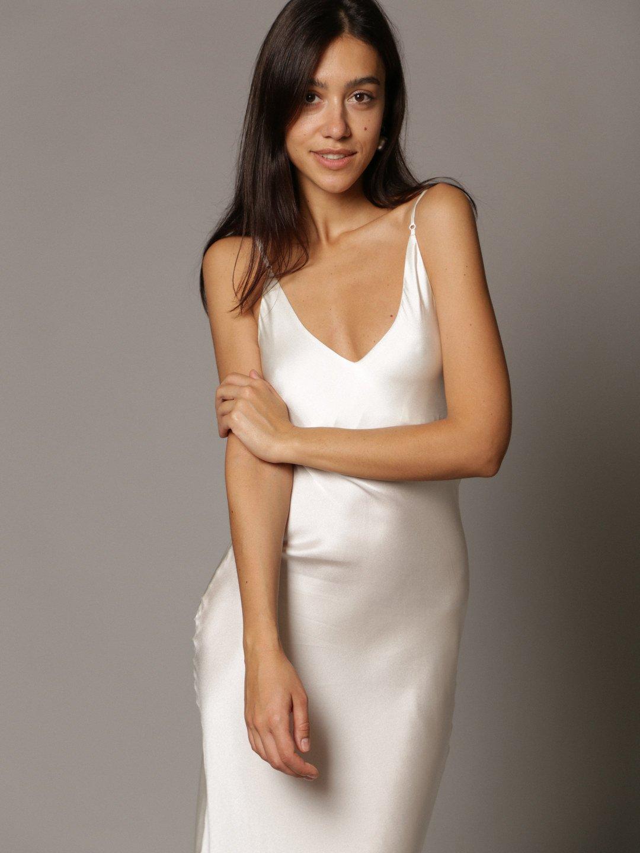Платье-комбинация из шёлка белого цвета_1