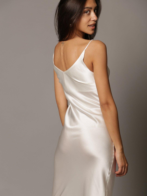 Платье-комбинация из шёлка белого цвета_3