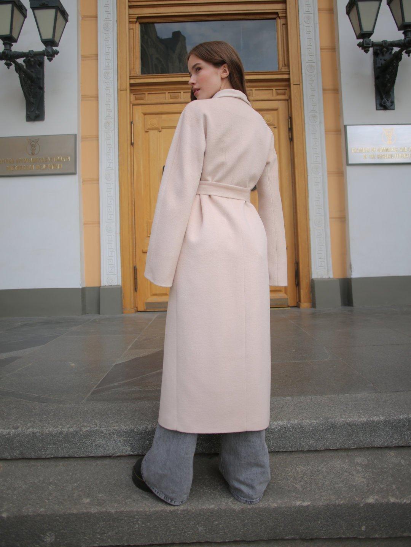 Демисезонное пальто на запах в кремовом цвете_6