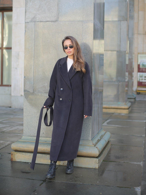 Утеплённое двубортное пальто в черничном цвете_1