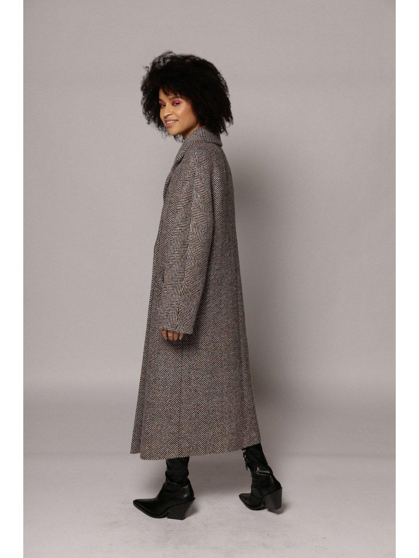Демисезонное пальто ёлочка светлая с английским воротником_5