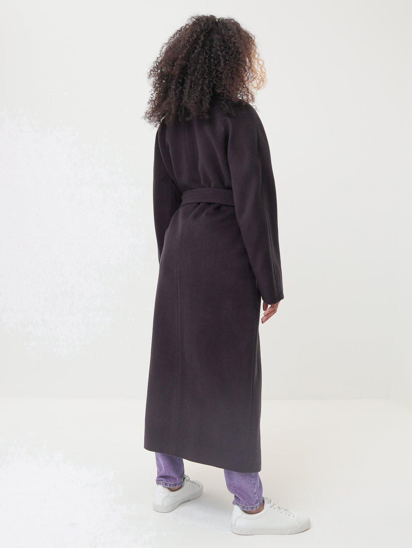 Утеплённое двубортное пальто с английским воротником в цвете Туман_2