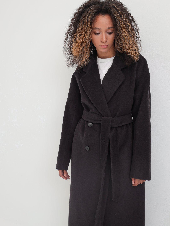 Утеплённое двубортное пальто с английским воротником в цвете Туман_5
