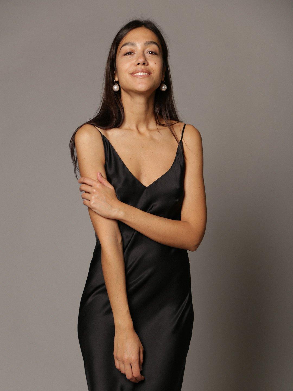 Платье-комбинация из шёлка в чёрном цвете_2