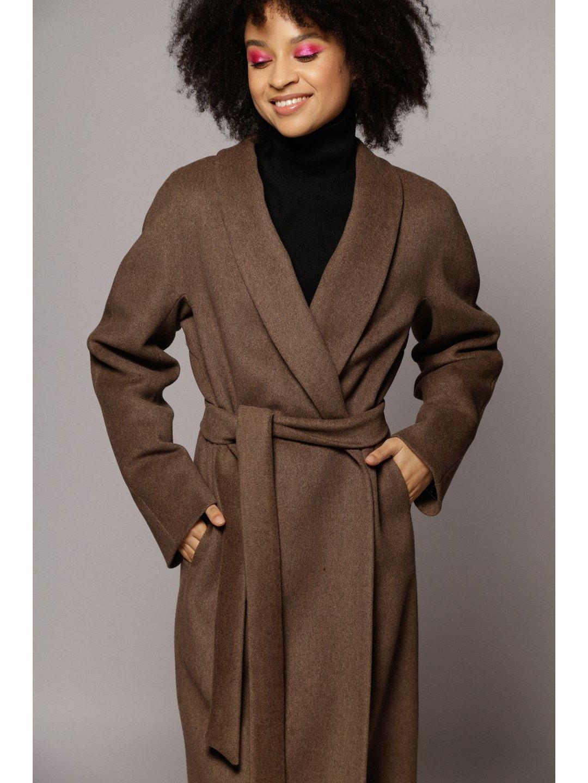 Утепленное пальто с воротником-шалькой в цвете табак_3