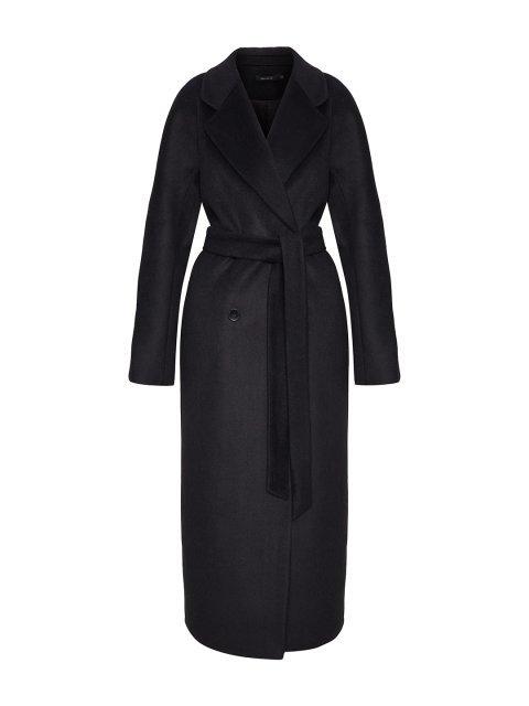 Двубортное пальто в чёрном цвете