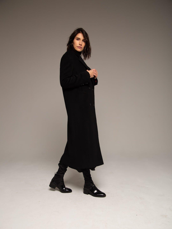 Утеплённое батино пальто в чёрном цвете_1