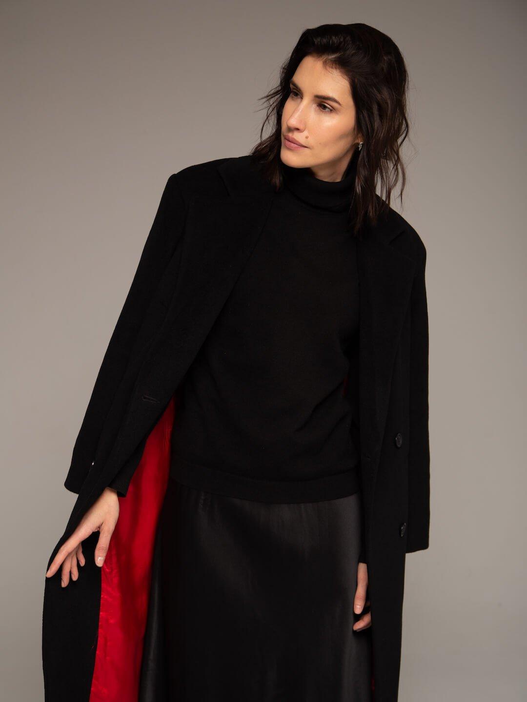 Утеплённое батино пальто в чёрном цвете_4