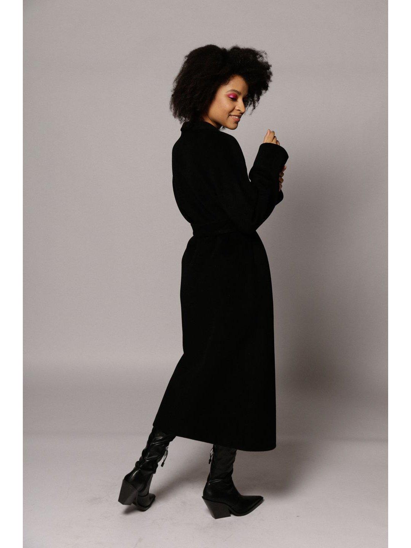 Утеплённое пальто на кнопках в черном цвете_1