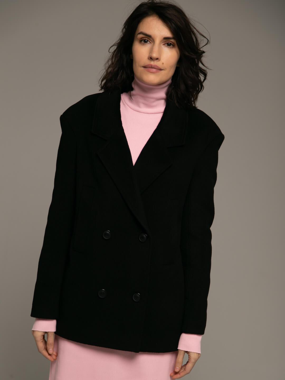 Утеплённое укороченное батино пальто в чёрном цвете_1