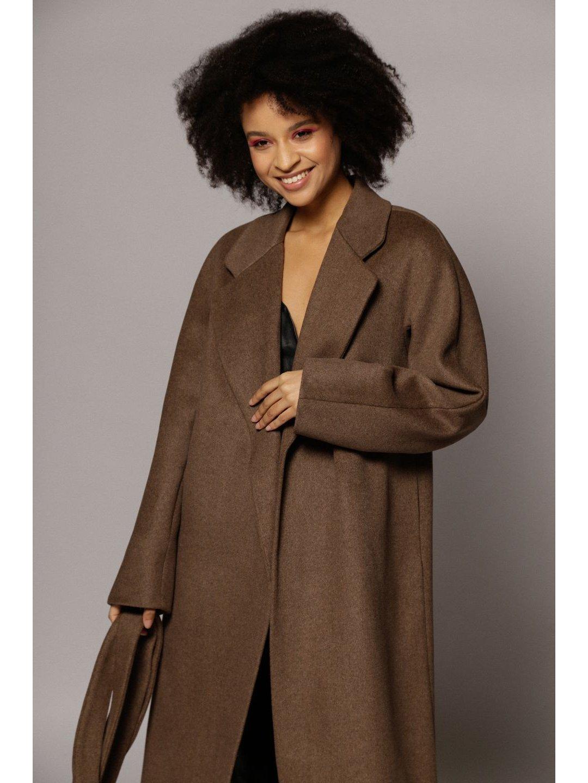 Демисезонное пальто с английским воротником в  цвете табак_3