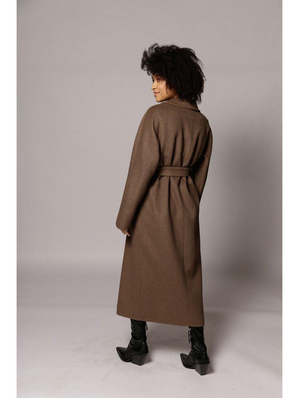 Демисезонное двубортное пальто в табачном цвете _6