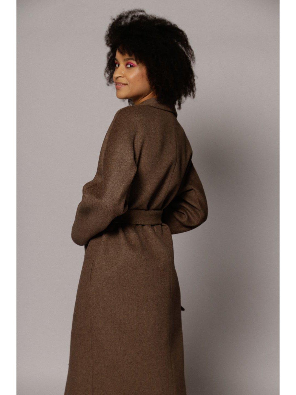 Демисезонное пальто с воротником-шалькой в цвете табак_5