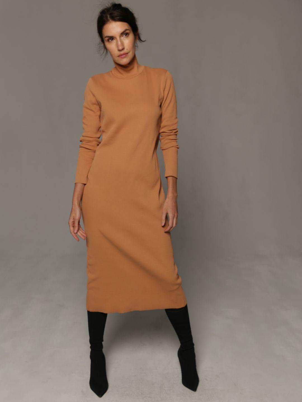 Платье-лапша бежевого цвета_1