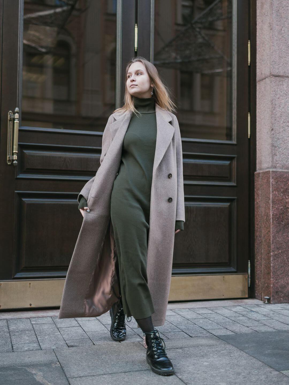 Демисезонное двубортное пальто в цвете ирландский крем_4