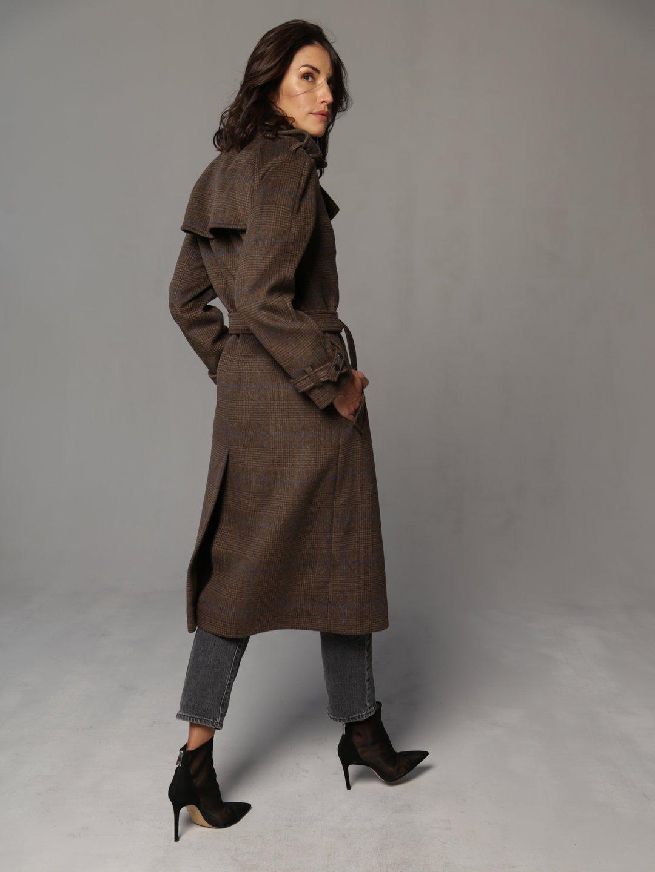 Пальто-тренч на кнопках коричневое_1