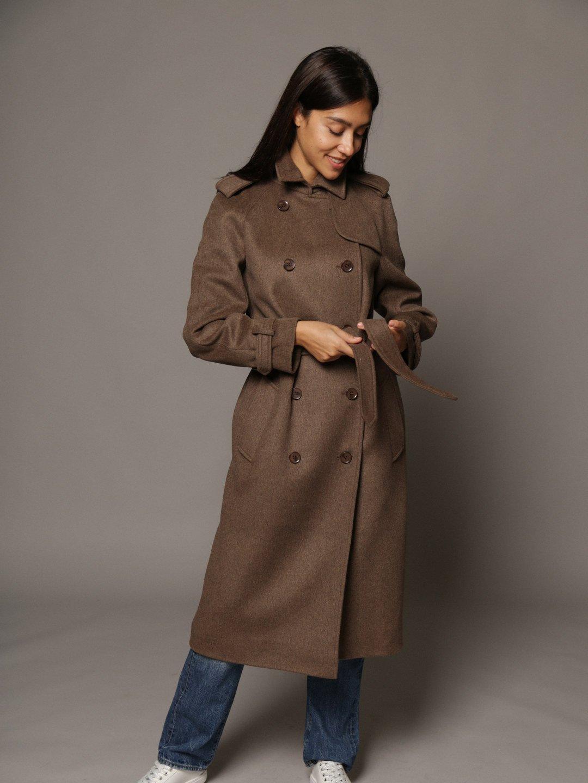 Пальто-тренч в коричневом цвете_3